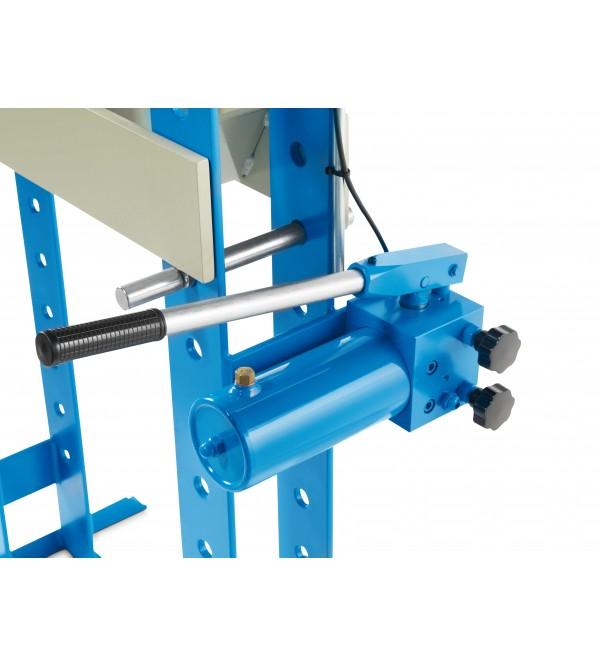 Pressa idraulica con pompa a mano 20 Ton. Omcn 156