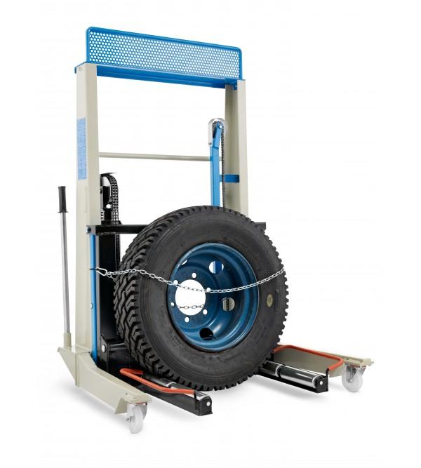 Sollevatore idraulico per montaggio e smontaggio ruote Omcn 227/B
